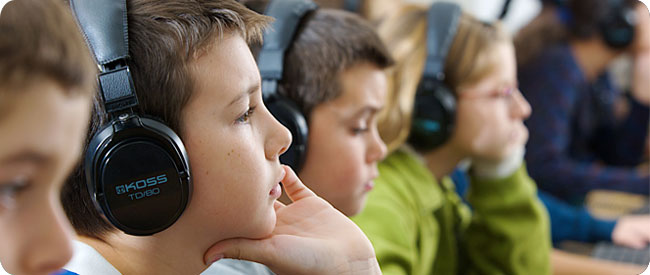 Kids learn through headphones